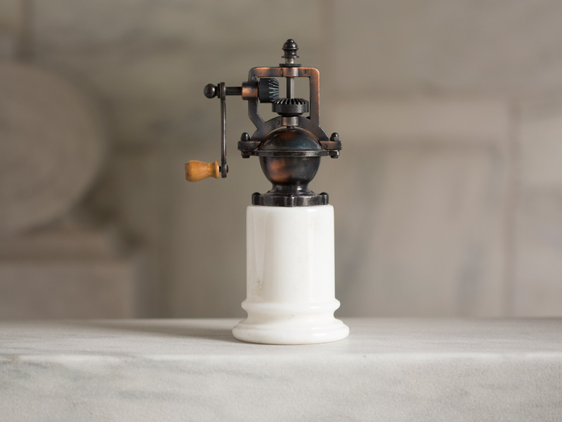 Old Fashioned Pepper Spice Mill Vermont Marble Museum